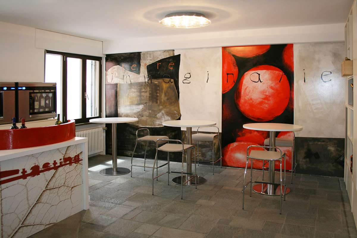 parete_decorata_interior