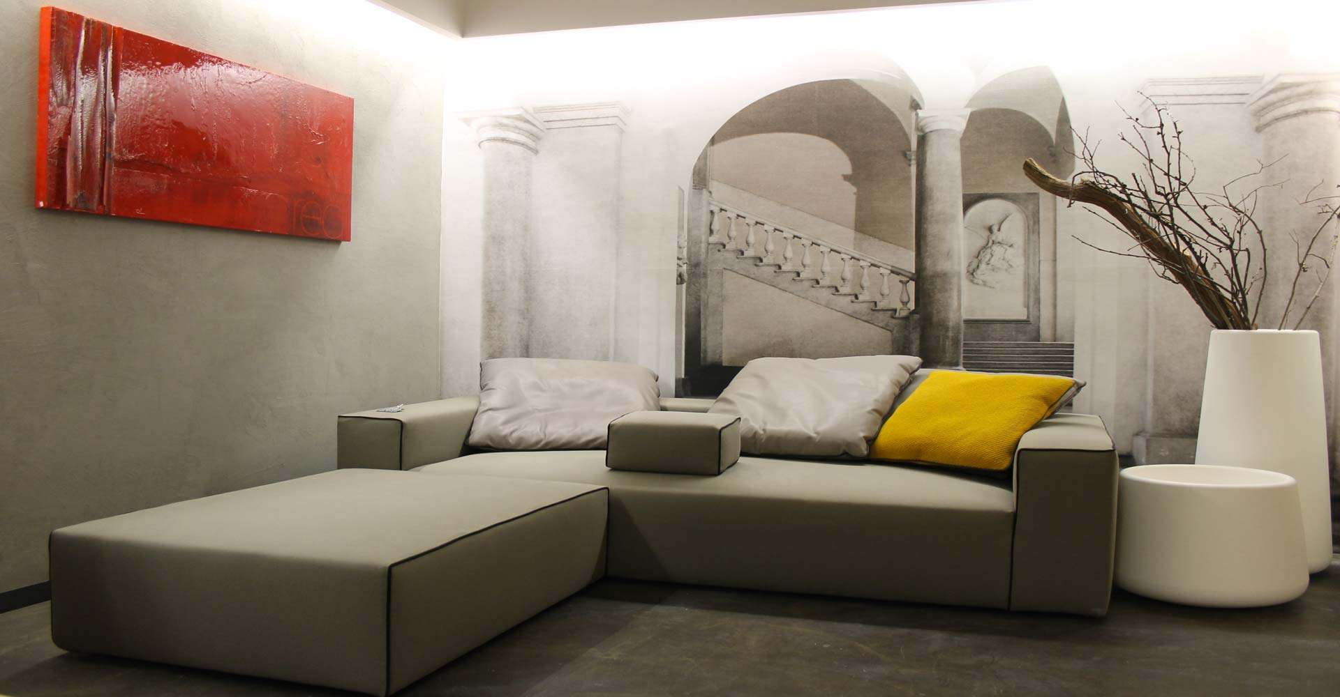 Interior design, divano Moroso. Qubico showroom, Como.